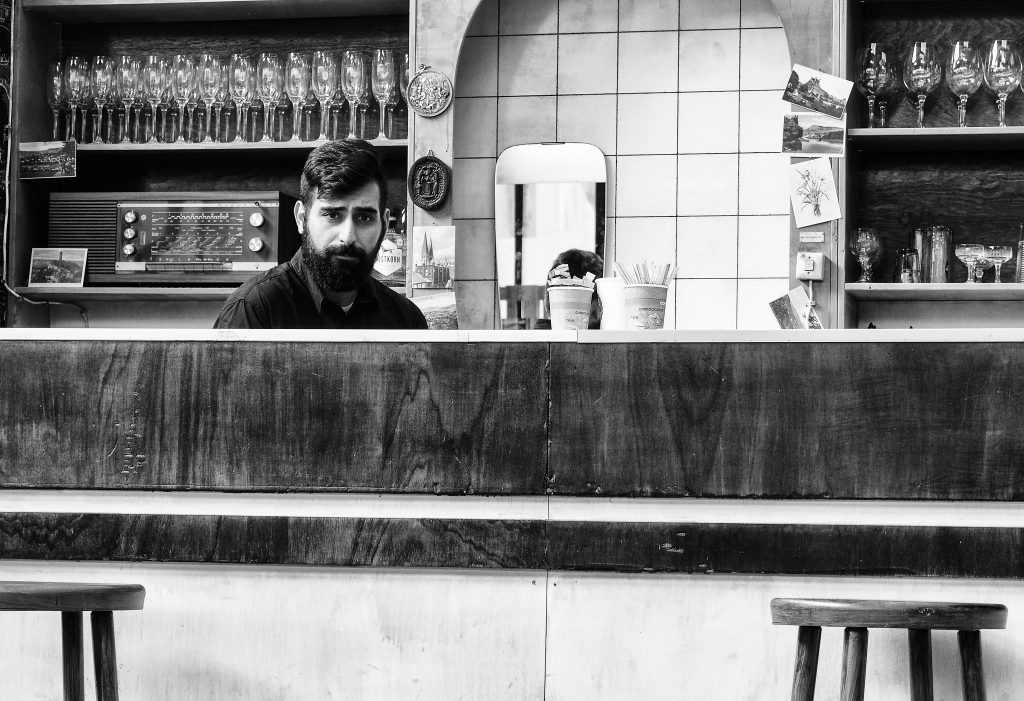 Lonley bartender | © Georgie Pauwels/Flickr