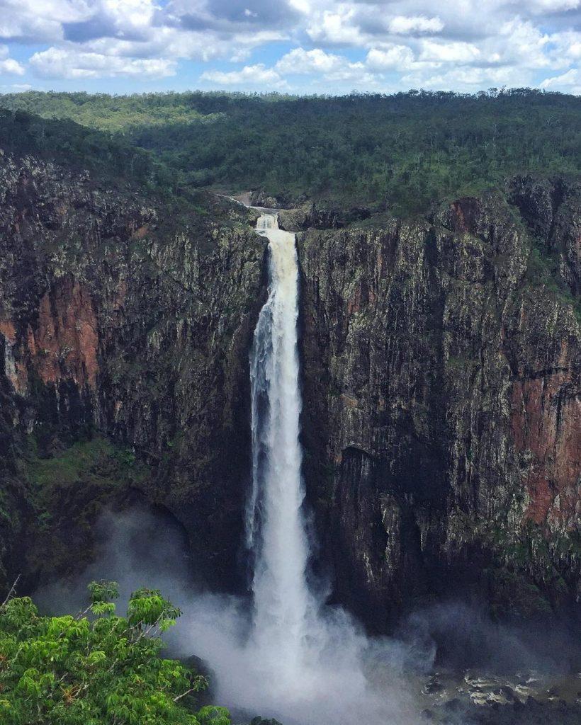 Wallaman Falls (002)