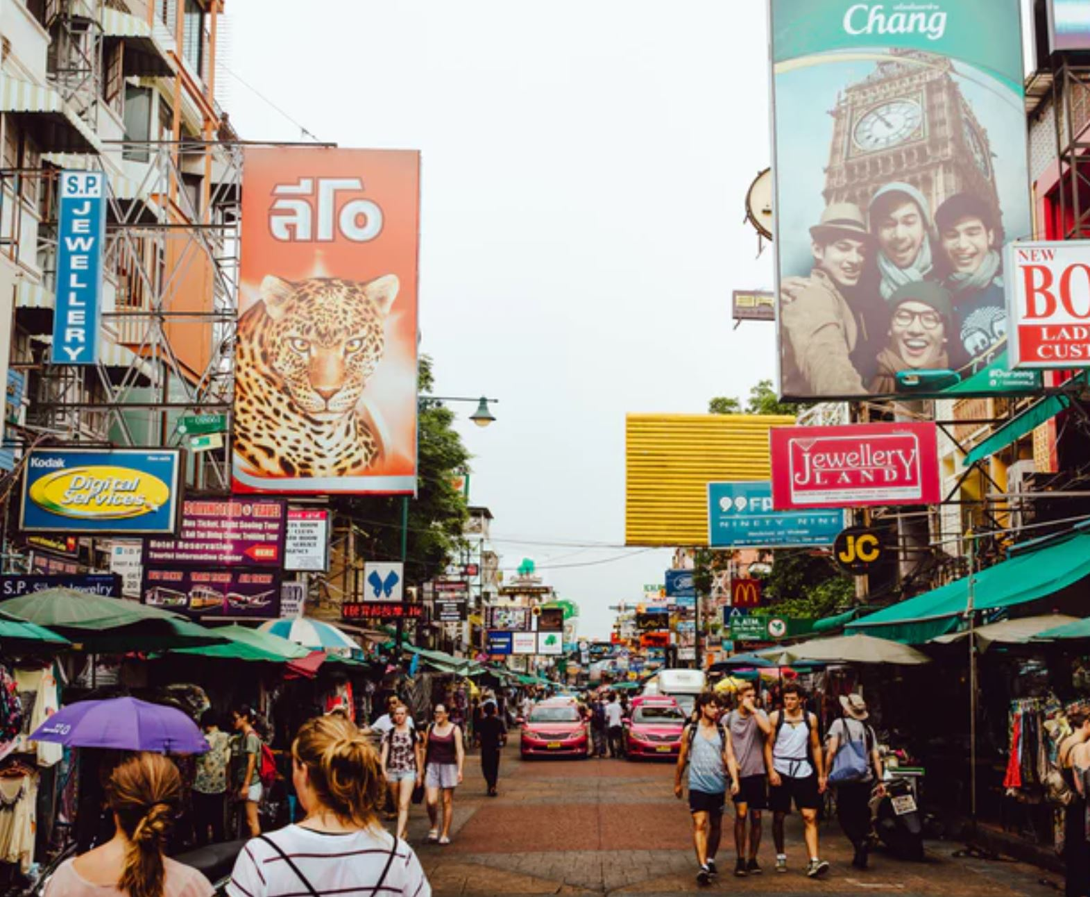 The legendary Khaosan Road, Bangkok | Evan Krause/Unsplash