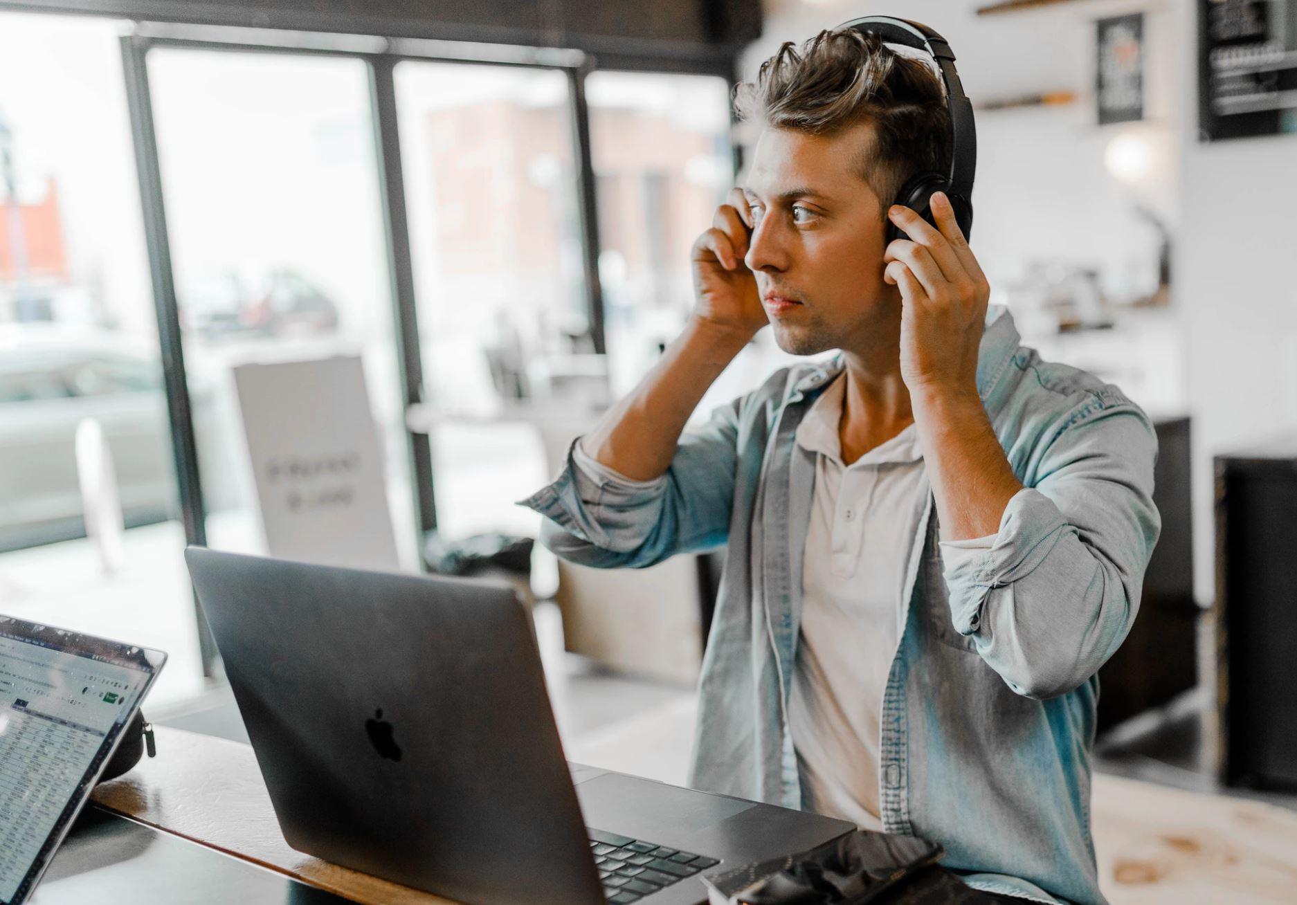 companies that hire non-native TEFL teachers